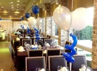 מרכזי שולחן ספירלי כחול ולבן